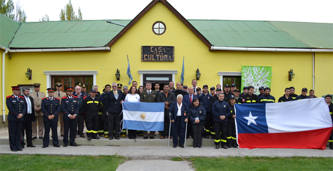 Importante encuentro de integración de bomberos argentinos y chilenos en Santa Cruz