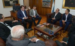 Importante acercamiento de la Federación de Bomberos de Mendoza con el gobierno provincial