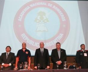 Bonfatti participó en Rosario del encuentro de dirigentes de la Federación de Bomberos Voluntarios