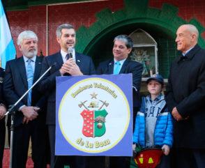 Marcos Peña homenajeó a los bomberos junto a Ferlise y Milanesi en La Boca
