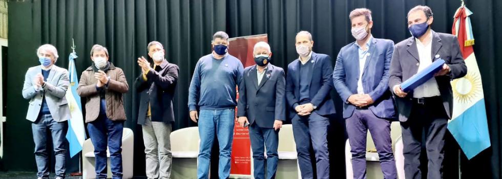 Corredores Viales firmó convenios en Córdoba